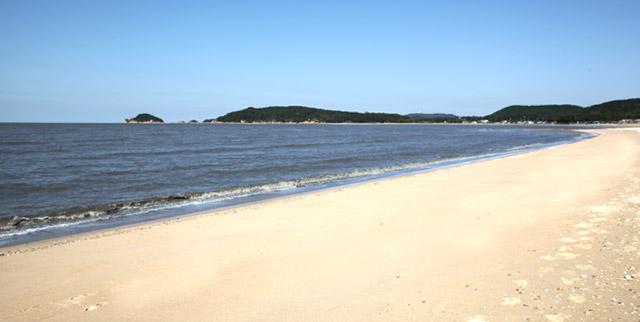 명사십리로 불리는 용유임시역 인근 마시란해변의 풍경 사진 이미지입니다.