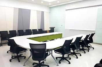 AREX-2 회의실 실내 사진 이미지 입니다.