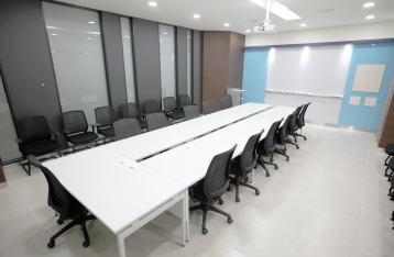 AREX-5 회의실 실내 사진 이미지 입니다.