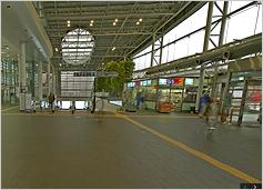 공항철도 서울역 1층 사진입니다.